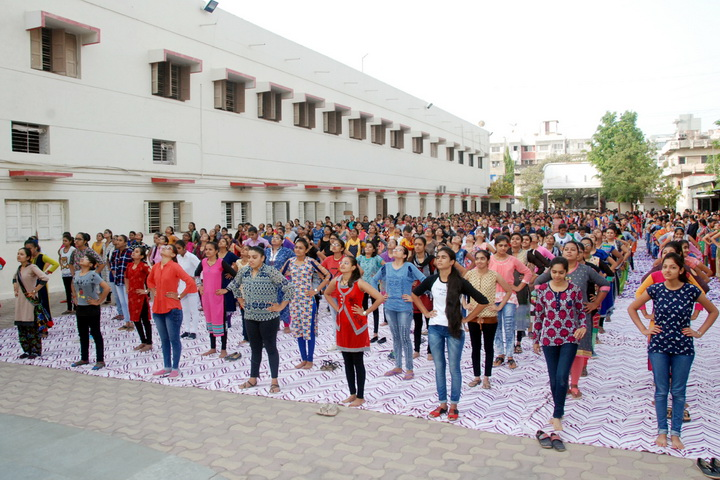YOGA SHIBIR TRAINING at COLLEGE CAMPUS